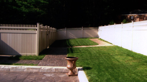 Affordable vinyl fencing, vinyl privacy fences, PVC fences, residential fencing, southeastern MA, eastern RI